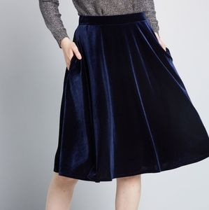 Modcloth Just This Sway Navy Velvet Skirt, M
